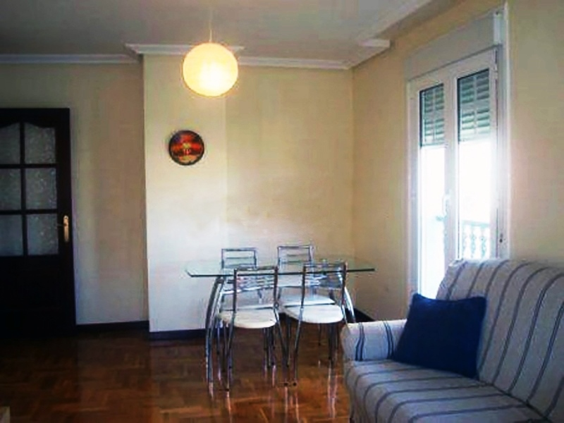Flat for sale in Navia